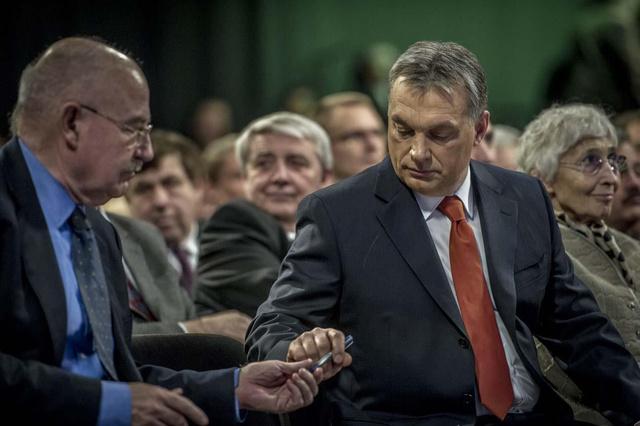 Martonyi János és Orbán Viktor a februári évértékelő beszéd előtt