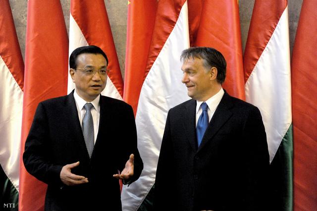 Orbán Viktor és a volt kínai miniszterelnök-helyettes 2012-ben Budapesten