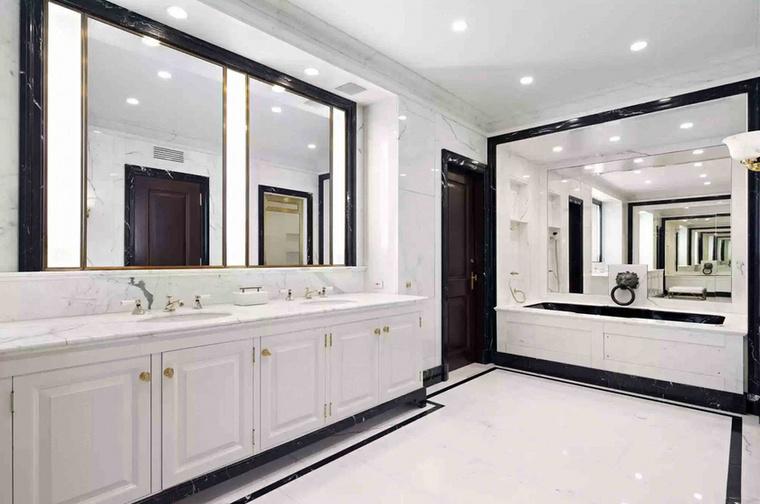 Michael Douglas és Catherine Zeta-Jones a letisztult dizájn hívei, ebben a fürdőszoában például szinte minden fehér.