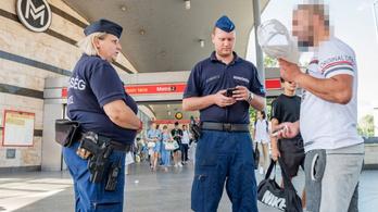 Emelt rendőri jelenlétet vezettek be az Örs vezér terén