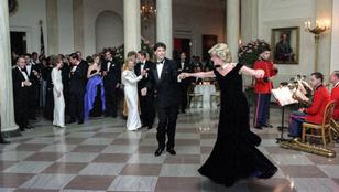 John Travolta elmesélte, hogyan kérte fel táncolni Diana hercegnét