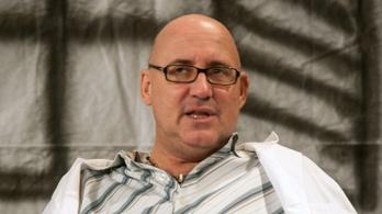 Egyre többen vallanak Perjés János ellen: repülő vasszék, elmaradt fizetések