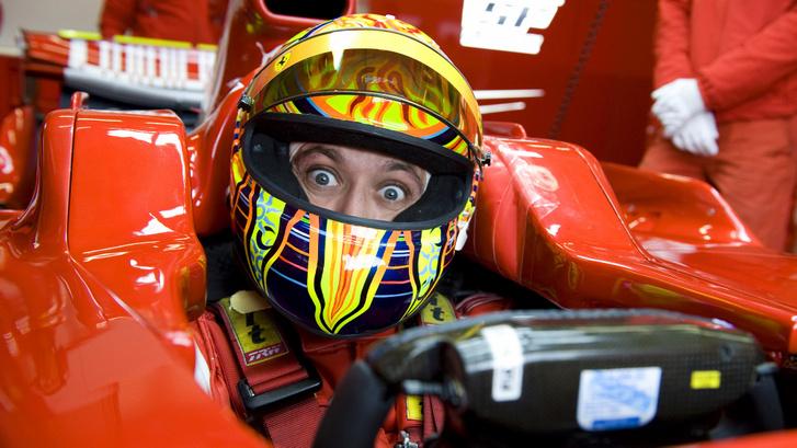 Valentino-Rossi-in-Ferrari-F1-2008