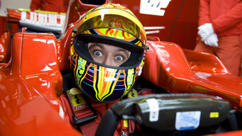 Rossi a DTM-ben folytathatja
