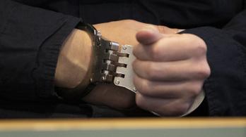 A magyar határon tartóztatták le a 325 milliós korrupcióval vádolt polgármestert