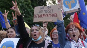 Elfogadták a törvényjavaslatot, vége lehet a kormánykritikus lengyel televíziónak