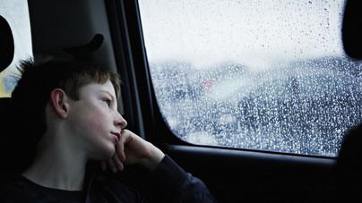 Így teszik tönkre a szülők a gyerek mentális jóllétét