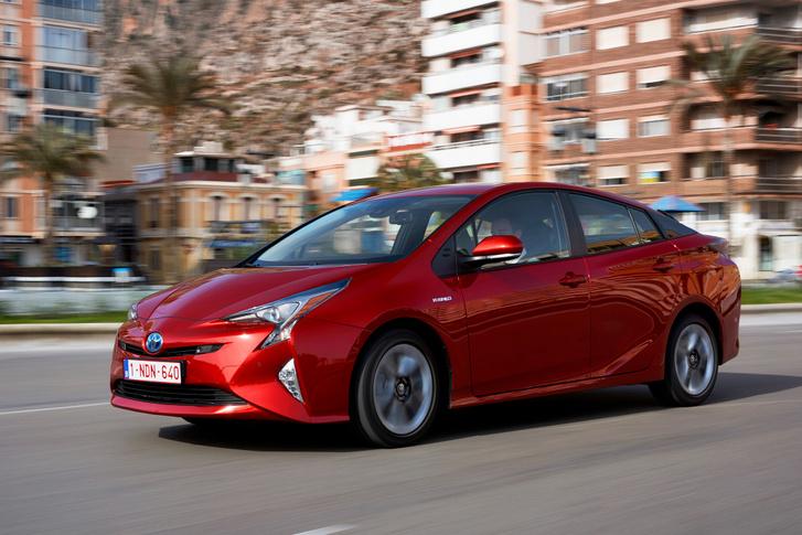 Teljesen más elven működik a Prius és egyáltalán minden Toyota hibrid