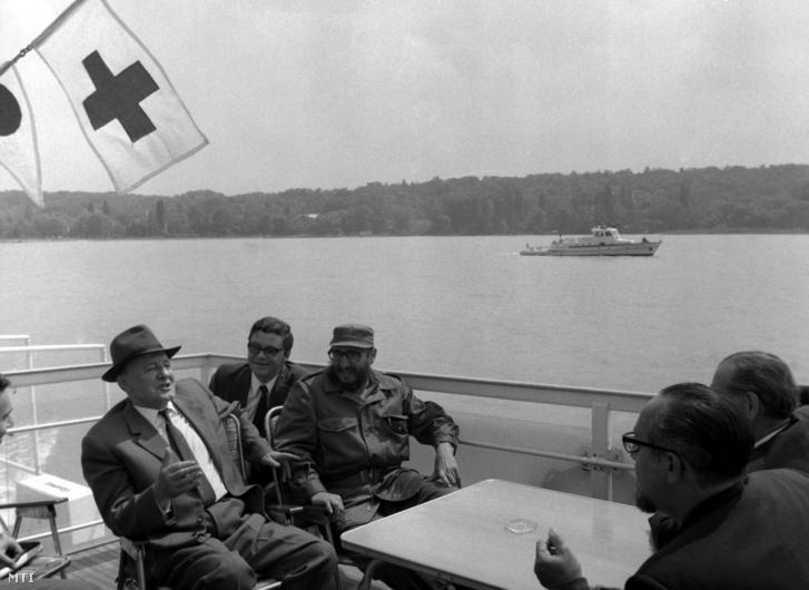Kádár János, az MSZMP KB első titkára és dr. Fidel Castro Ruz, a Kubai Kommunista Párt Központi Bizottságának első titkára, a kubai forradalmi kormány elnöke 1972. június 3-án