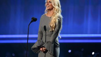 Britney Spears szabad, feladja a gyámságot az apa