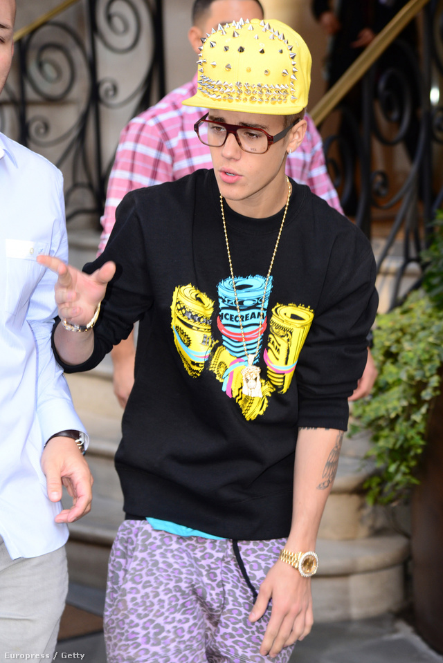 Justin Bieber elölről...