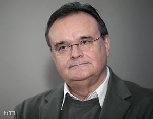 Dr. habil. Vass László CSc