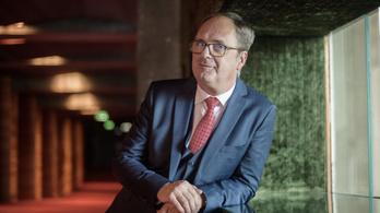 Káel Csaba marad a filmügyi kormánybiztos
