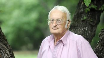 300 holttestet boncolt, mielőtt író lett a magyar világrekorder