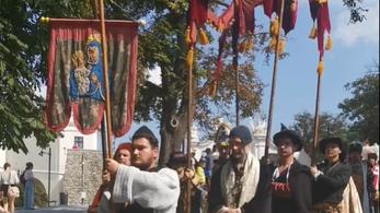 Látványos koronázó ünnepséget tartottak Pozsonyban