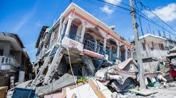 Több mint 700 ember halt meg a haiti földrengésben
