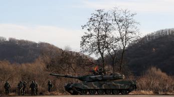 Amerikai-dél-koreai hadgyakorlat kezdődött, Észak-Korea tiltakozik