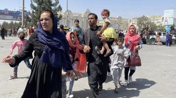 Megszólalt a magyar külügy, nem fogadunk be afgán menekülteket