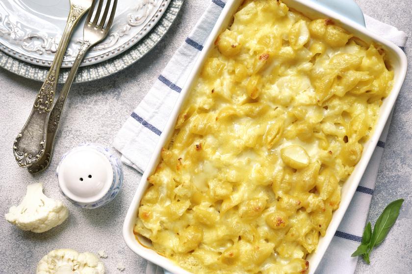 Karfiolos, sajtos tészta sütőben sütve: nem hiányzik belőle a hús