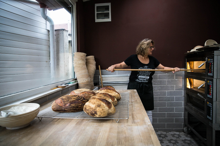Ormós Gabriella munka közben - kenyere a munka