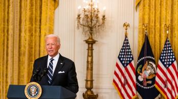 Politico: Biden lerombolta a saját hitelességét