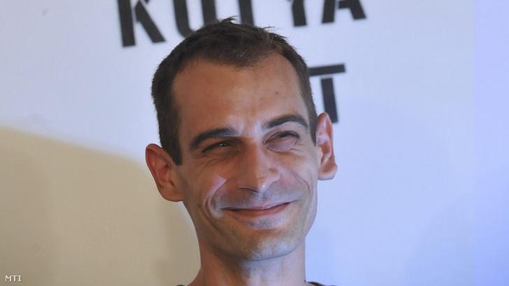 Kovács Gergő, a Kétfarkú Kutya Párt vezetője