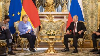 Putyin: hagyják békén Afganisztánt