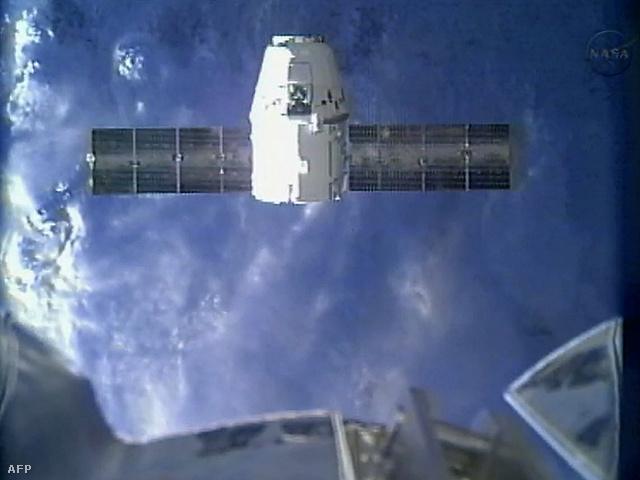 Index - Tech - A Dragon elérte a Nemzetközi Űrállomást c07f3d7735