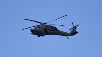 Helikoptereket is otthagytak a táliboknak az amerikaiak