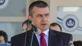 Varga-Damm Andrea bűnbandákra panaszkodott Siófokon, a polgármester szerint fantáziál