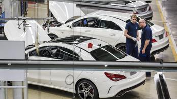 Újraindult a termelés a kecskeméti Mercedes-gyárban