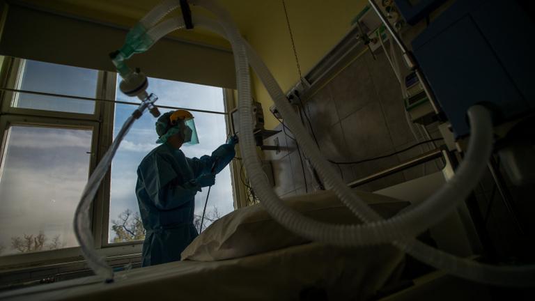 Ha nem lép a kormány, 60 milliárd is lehet a kórházak adóssága
