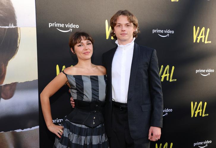 Val Kilmer gyermekei, Mercedes és Jack a Val című dokumentumfilm Los Angeles-i premierjén augusztus 3-án.