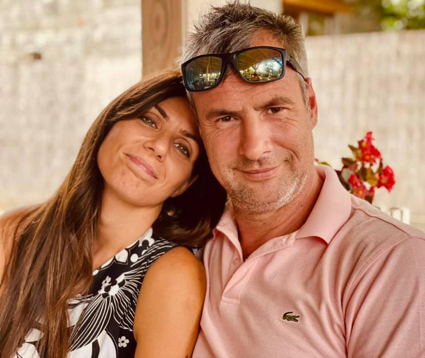 """""""15 éve vett férjül. #házasságiévforduló #bár22évevagyunkegypár"""" - írta augusztus elején posztolt képükhöz Pindroch Csaba."""