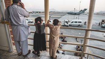 Titokban Kabulba utazott két amerikai képviselő, a Pentagon fel van háborodva