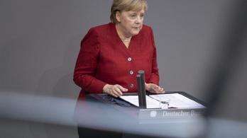 Angela Merkelt is meglepte a tálibok villámháborúja