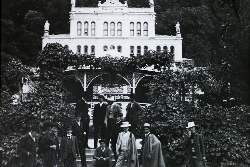 Gyógyterem és zenepavilon, 1912-es felvétel.