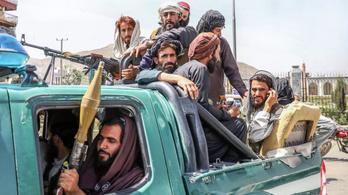 Afganisztán elesett, a környező országok már fegyverkeznek