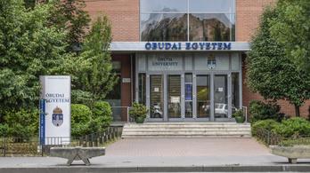 Drónrajongók és légitérképészek szállják meg az Óbudai Egyetemet