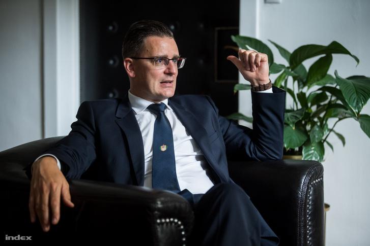 Prof. dr. Szijártó Attila sebész, a Semmelweis EgyetemI. Sz. Sebészeti és Intervenciós Gasztroenterológiai Klinikájának igazgatója