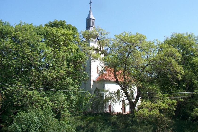Különös kincset rejt a gyönyörű fekvésű Nógrád megyei zsákfalu: Bér andezitcsúszdája valódi ritkaság