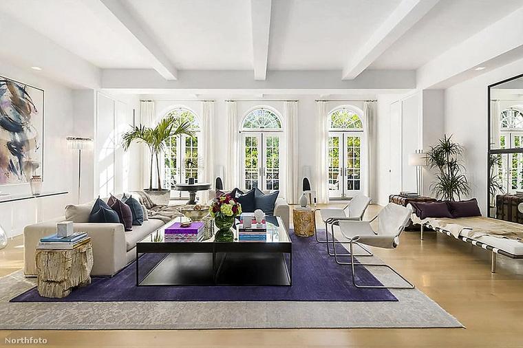 Az ingatlant a hirdetésben úgy emlegetik, mint a Withman-rezidencia koronaékszerét