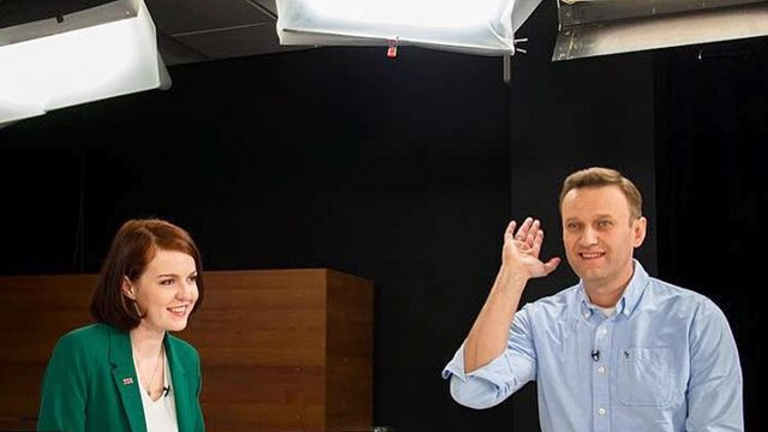 Elmenekült Oroszországból Navalnij sajtótitkára