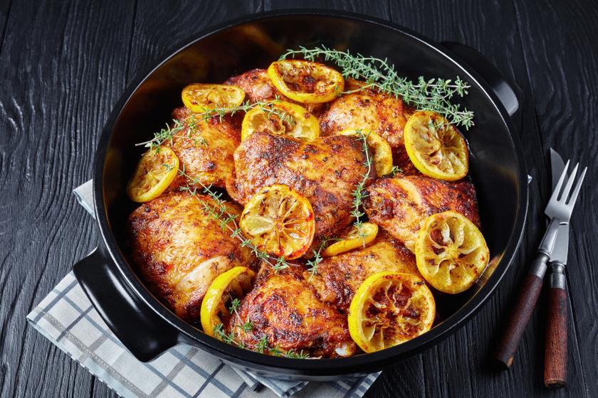pirospaprikával sült csirkecombok recept