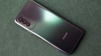 Júliusban új dobogóst köszöntött a kínai mobilpiac