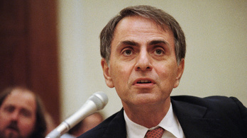 Carl Sagan az Apple-t perelte élete végén