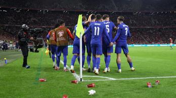 Rendőrségi feljelentés, FIFA-vizsgálat a magyar szurkolók miatt –reagált az MLSZ