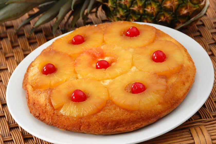 Fordított torta édes ananásszal: nagyon mutatós és isteni finom