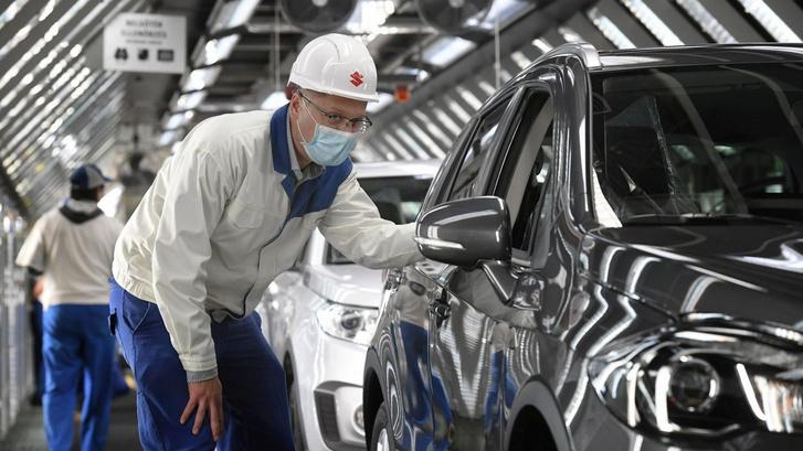 Szeptemberben két hétre áll le a hazai Suzuki, körülbelül ötezer mi autónk nem, vagy csak később készül el