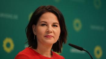 A német Zöldek kancellárjelöltje keményebb lenne Magyarországgal